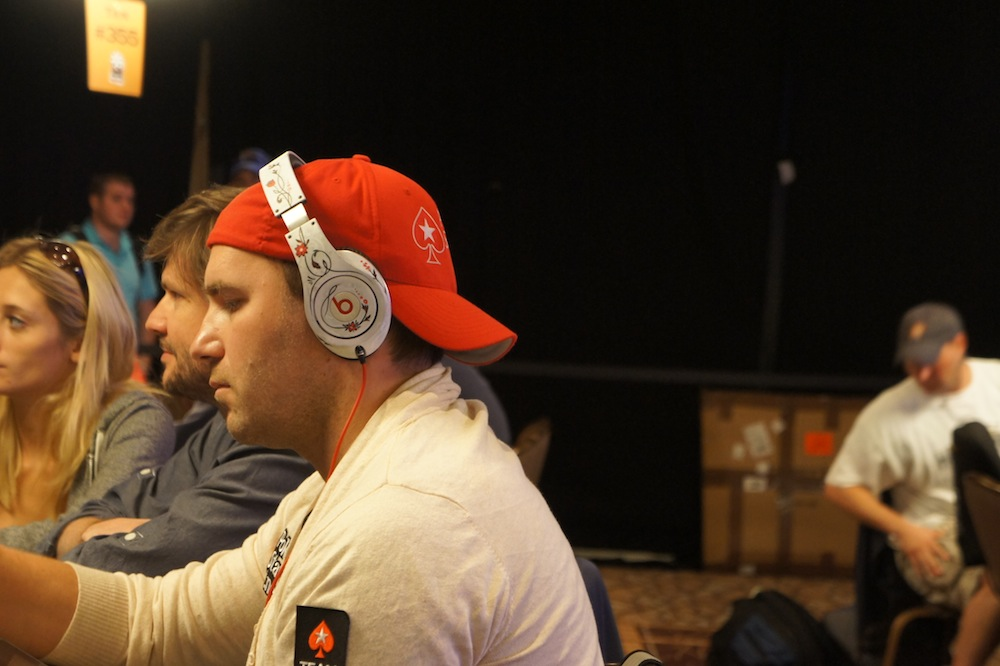 All Mucked Up: 2012 World Series of Poker Day 42 Live Blog 118