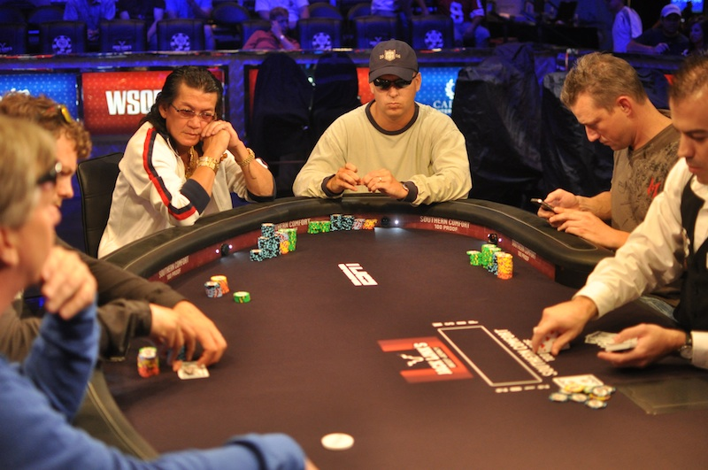 All Mucked Up: 2012 World Series of Poker Day 42 Live Blog 136