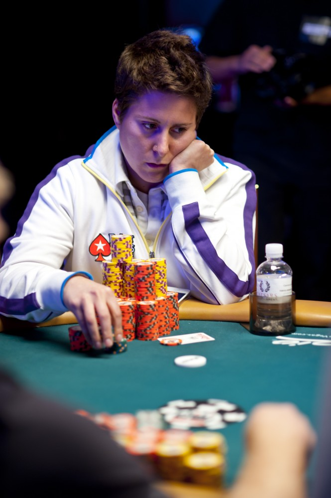 All Mucked Up: 2012 World Series of Poker Day 49 Live Blog 109