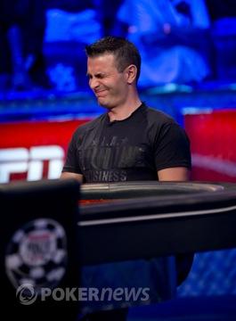 Top 10 příběhů roku 2012: #5a, Greg Merson vyhrává hlavní turnaj WSOP a cenu POY 101