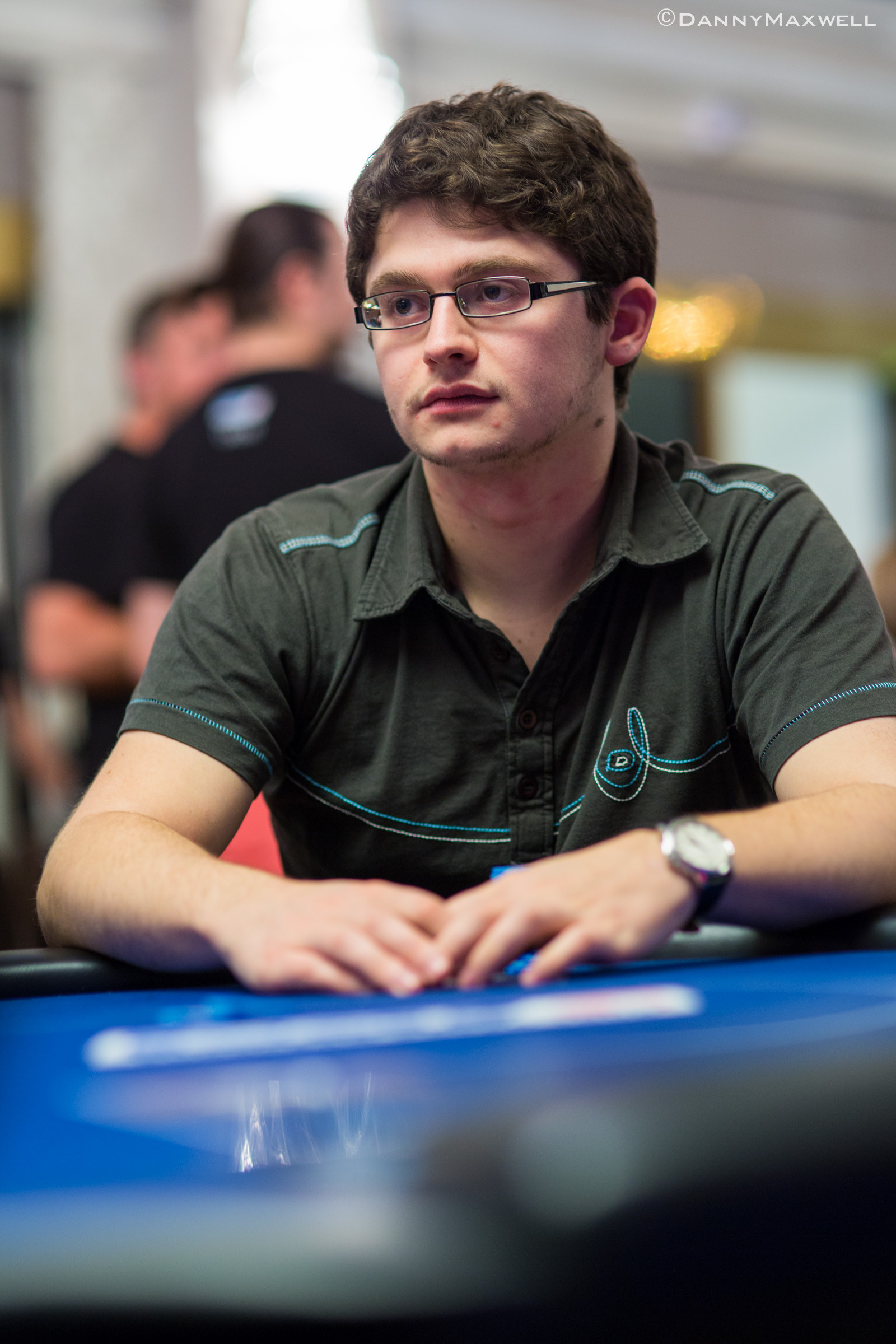 PokerStars.com EPT London Main Event Dzień 3: Kozlov liderem, uczniak w kasie! 102