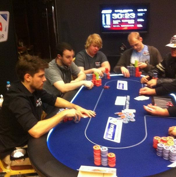 Dmitri Holdeew wygrywa Eureka Poker Tour Main Event i zgarnia €226,400, Marcin Horecki na... 104