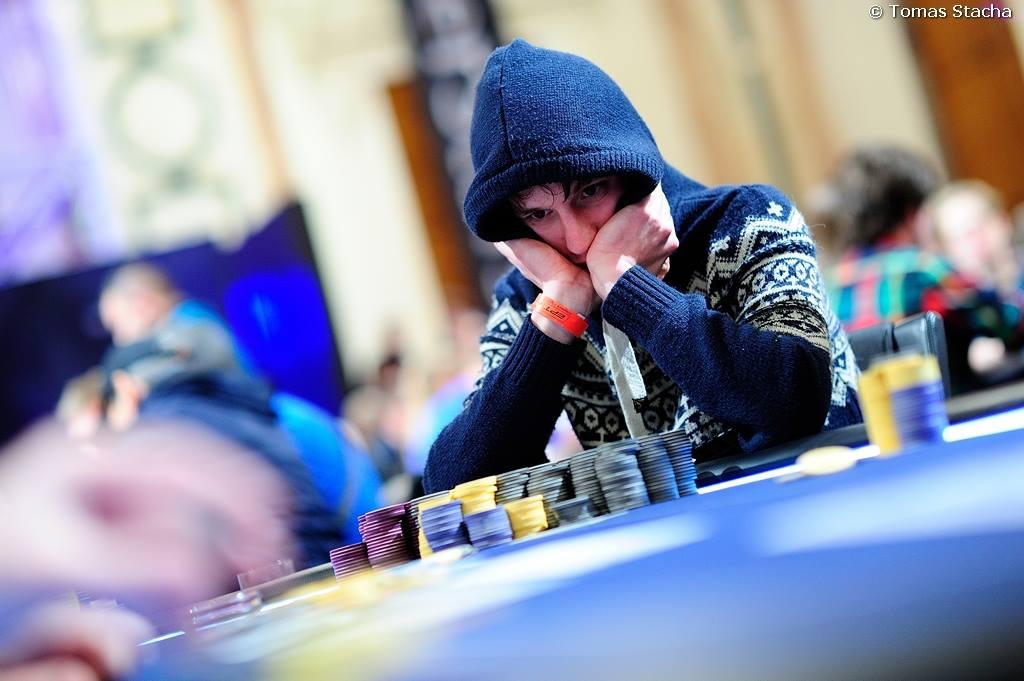 Eureka Poker Tour Dzień 2 - czterech Polaków dalej w grze, Robert Malinowski zgarnie... 101