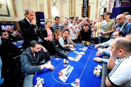 Eureka Poker Tour Dzień 2 - czterech Polaków dalej w grze, Robert Malinowski zgarnie... 102
