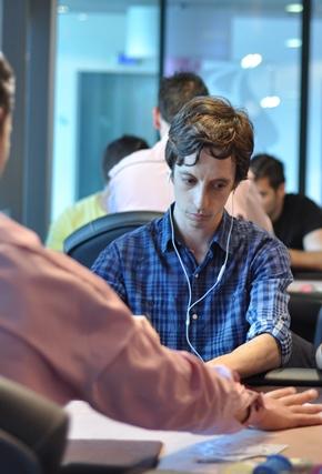 На лафче с Неделчо Караколев за покера, живота и... 101