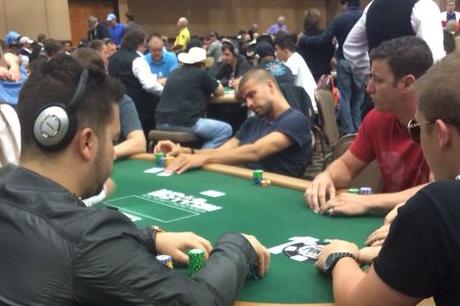 Jesse Pinkman,Gerard Piqué e Bruce Buffer em Jogo nas WSOP! 101
