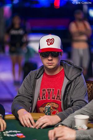Андрей Заиченко прошел в топ-27 главного турнира WSOP 101