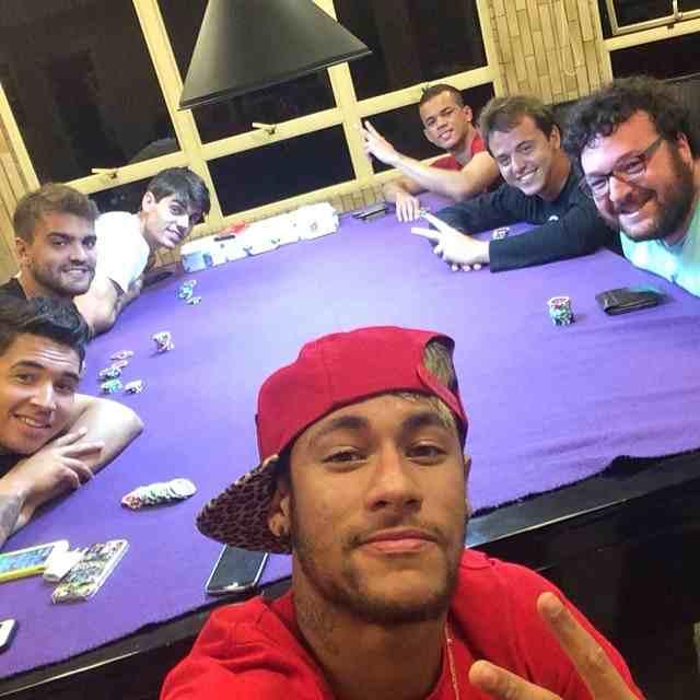 Neymar i jego zapał do pokera! 101