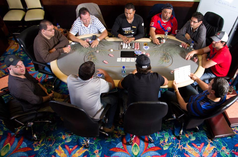 Torneo de inauguración del Poker Grand Casino 101