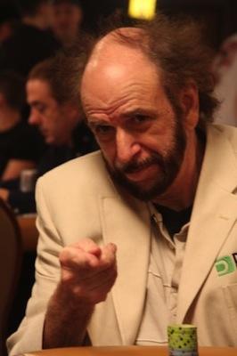 Как комбината унищожава покер играта 101