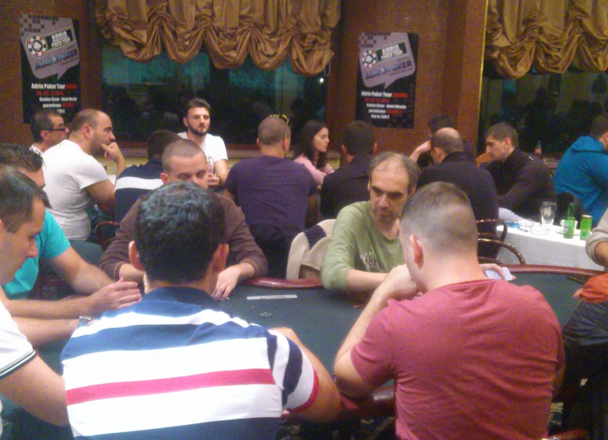 Nenad Pucarević Osvojio Texas Hold'em Poker Turnir u Novom Sadu nakon 5-way dogovora 101