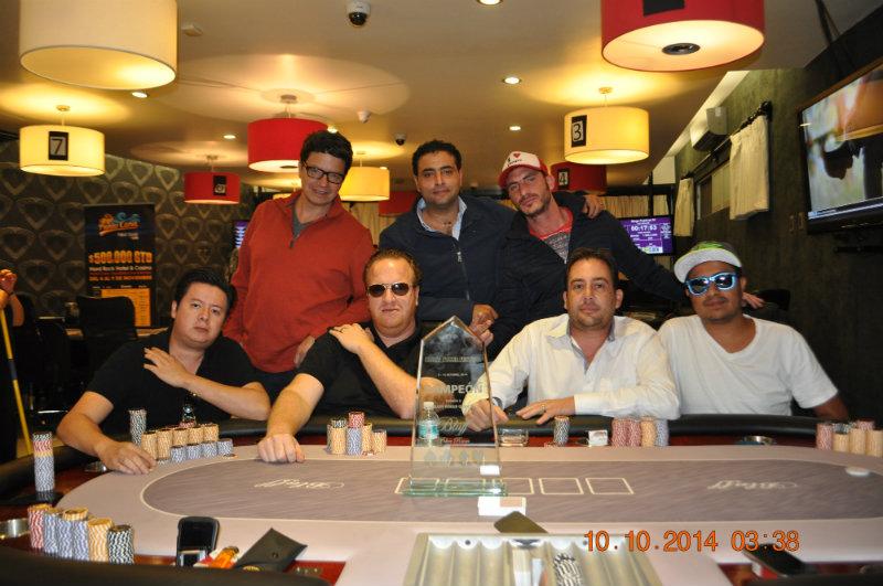 """Bluff Poker Festival; High Roller Aaron """"el diablo""""  Olechnowicz  y clasificados del día 1A 101"""