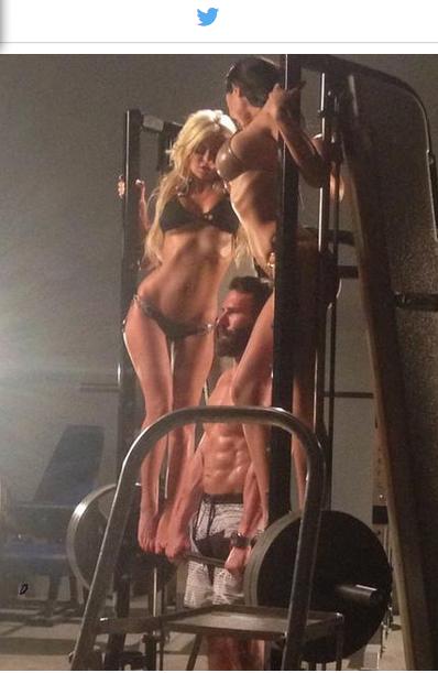 Vo Vegas vyhlásili súťaž o najlepšieho dvojníka Dana Bilzeriana 102