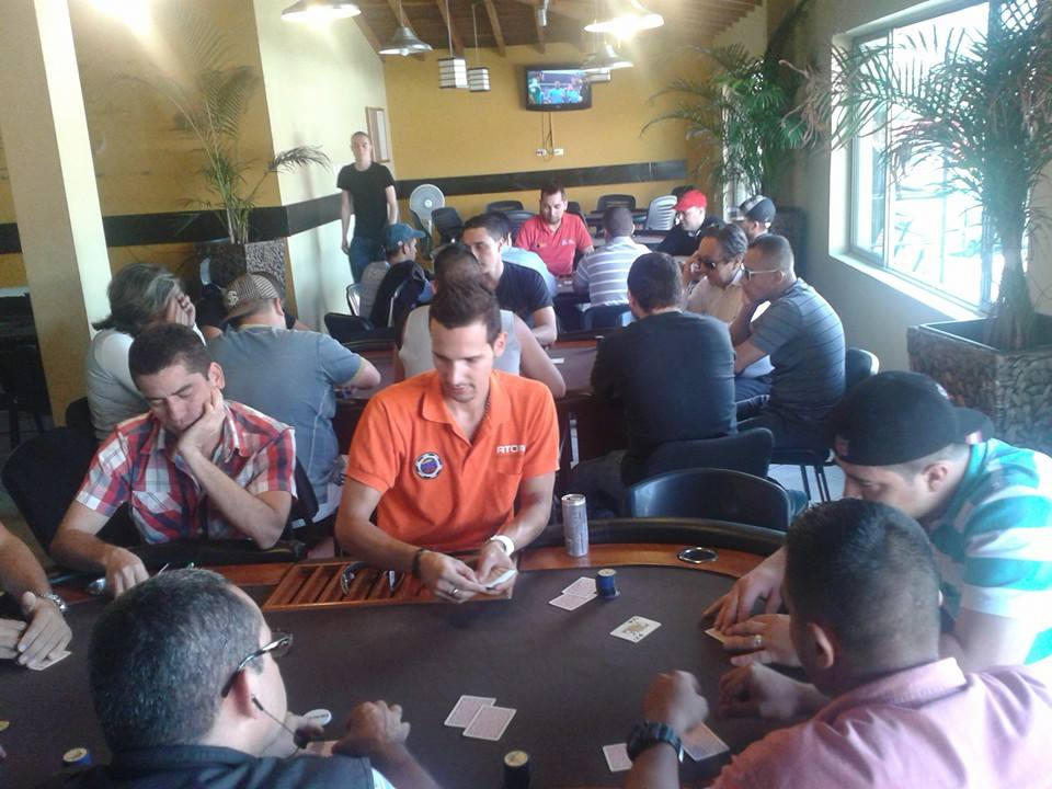 "Camilo ""Mango"" Torres: Un jugador que se hizo dealer para adueñarse de la baraja 101"