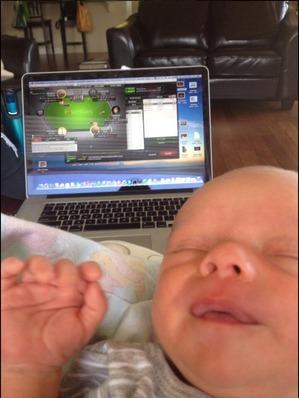 С бебе в ръцете Team Online Pro задълженията стават супер... 101