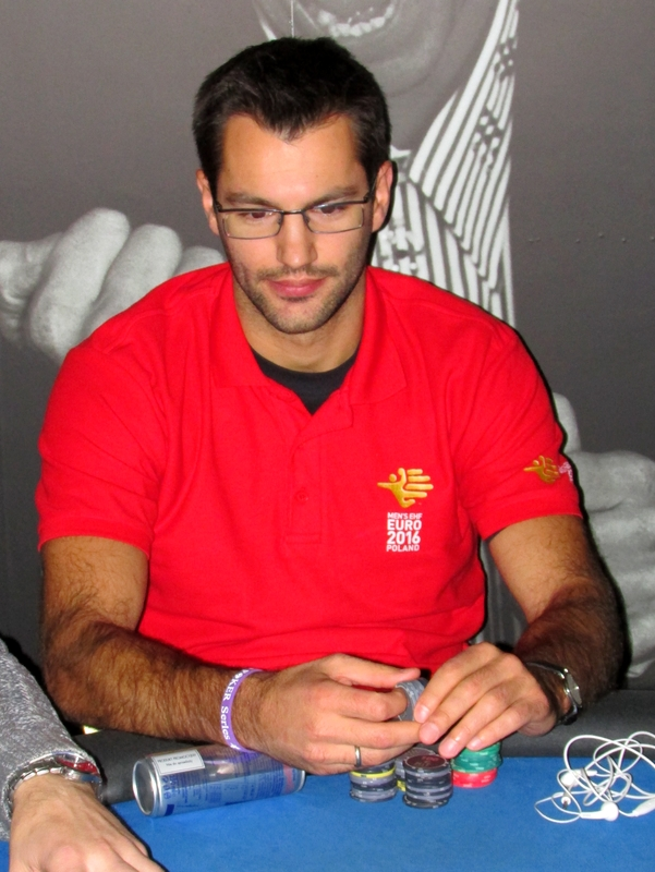 Finał Polish Poker Series - dzień 1A - relacja na żywo 03:30 118