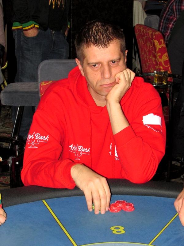 Finał Polish Poker Series - dzień 2 - relacja na żywo 22:50 107