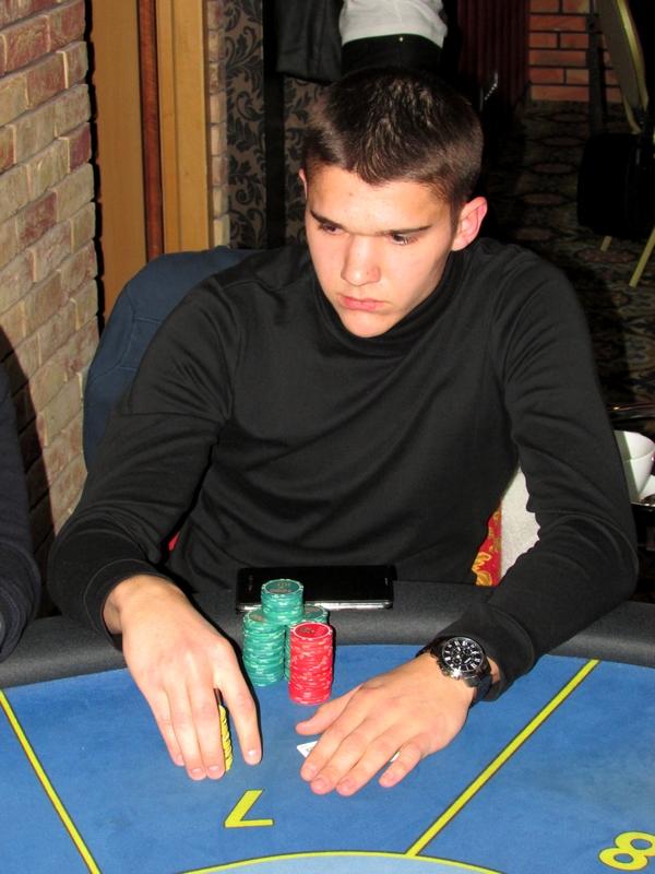 Finał Polish Poker Series - dzień 2 - relacja na żywo 22:50 115