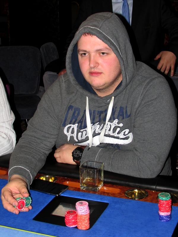 Finał Polish Poker Series - dzień 3 - relacja na żywo 00:40 125