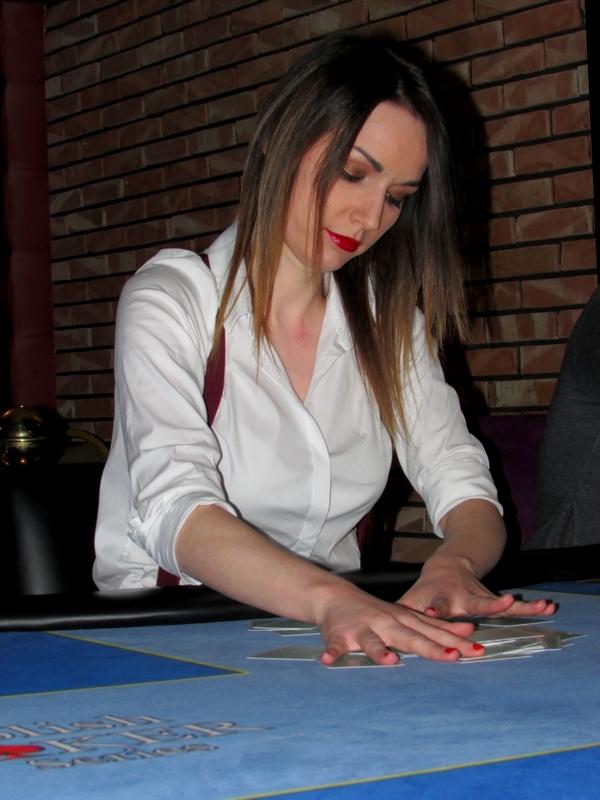 Finał Polish Poker Series - dzień 3 - relacja na żywo 00:40 136