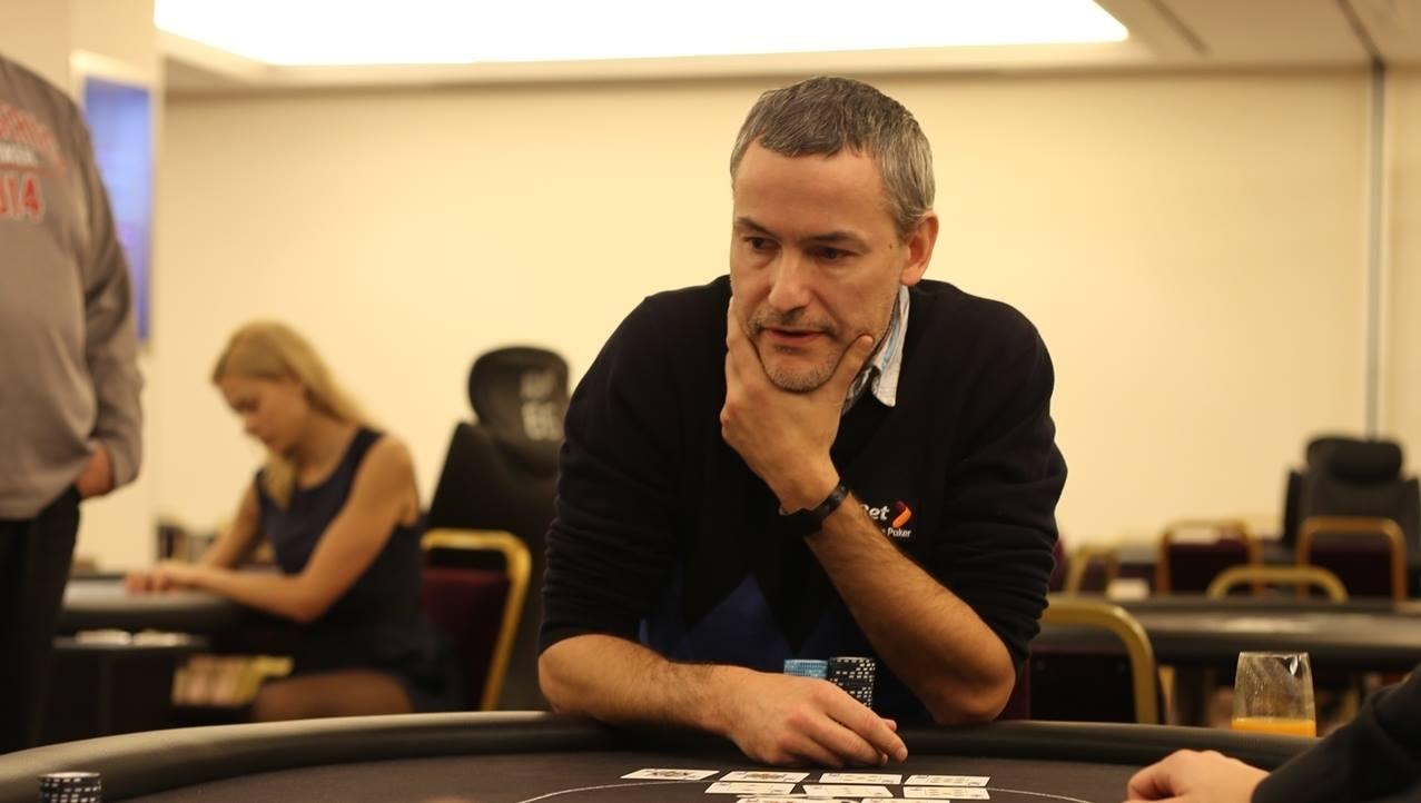 Hiina pokkeri MM-i avaturniiri võitis tuntud naismaletaja, Marek Kolgi kaardid ei jooksnud 101
