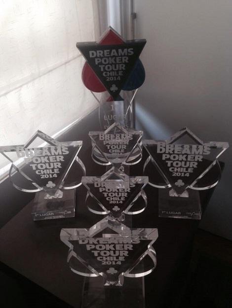 Trofeos ganador por Óscar Alache en el circuito Dreams Poker Tour 2014
