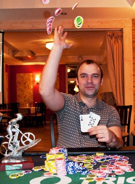 PokerNews alistas korduskohtumises Wismari pokkeriklubi 102