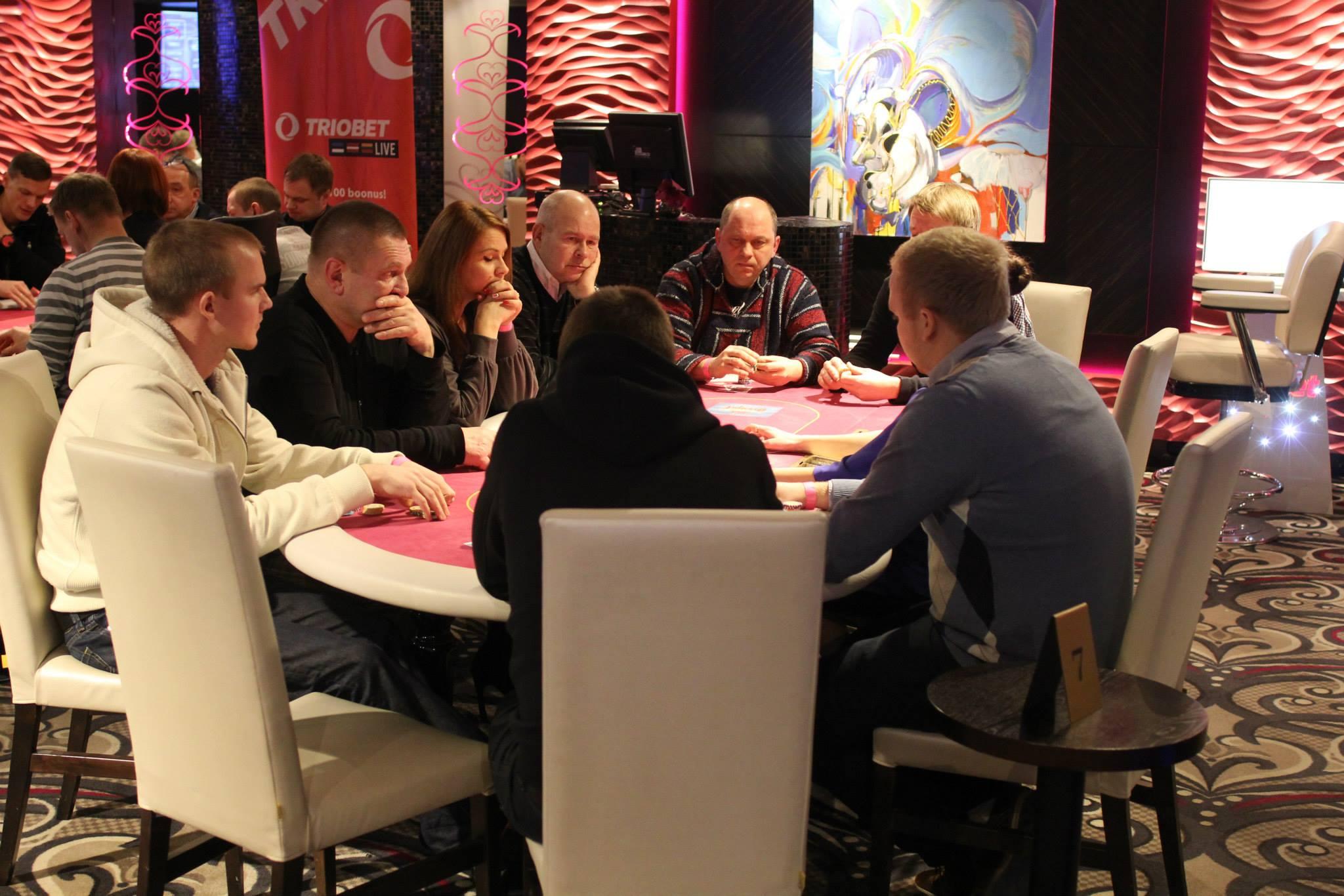 Triobeti pokkeritoa kampaaniad 2015. aasta märtsis 102