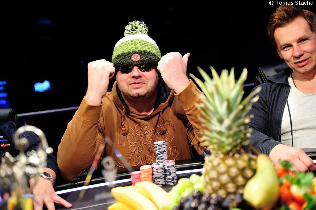 Němec Christian Krupp vyhrál PokerNews Cup a z King´s Rozvadov si veze €57.473... 103