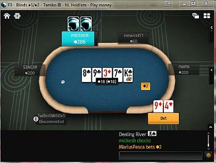 Atnaujintoje PKR programinės įrangos versijoje itin patogu žaisti daug stalų 102