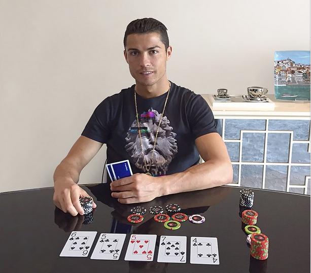 El fichaje de Cristiano Ronaldo por PokerStars llevará la rivalidad Barça-Madrid a las... 101