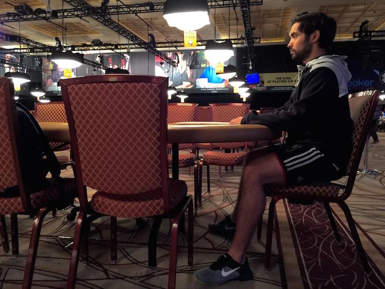 Adams using the Human Tool at the WSOP