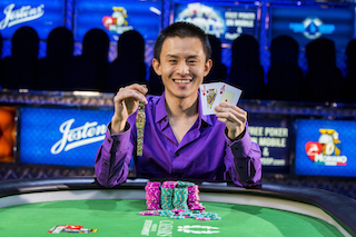 2015 WSOP Day 31: Young Ji Wins, Robert Mizrachi Looks For Repeat, and Jason Les Leads 101