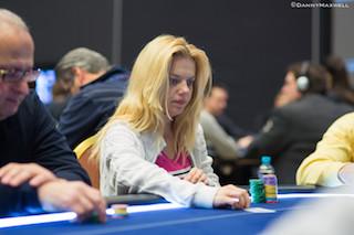 WSOP 2015 Día 31: Young Ji gana, Robert Mizrachi busca repetir, y Jason Les líder 102