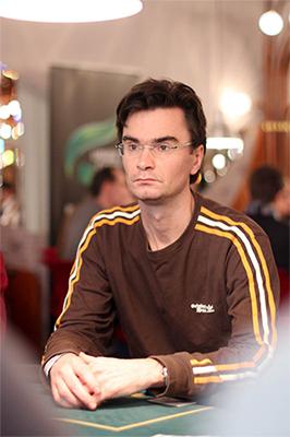 Grootmeester Loek van Wely over poker en schaken 102