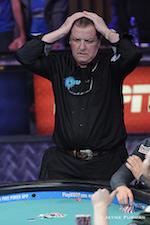 Joe McKeehen Domina Dia 1 da Final Table do Main Event WSOP 2015 (6 em Jogo) 102