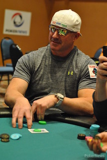 "Hold'em with Holloway, Vol. 65: Todd ""sharkslayerrr"" Breyfogle on Bankroll Management 101"