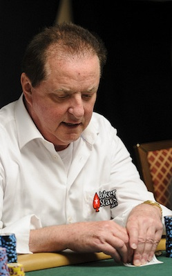 Reading Poker Tells Video: Double-Checking Hole Cards Before Postflop Bets 101