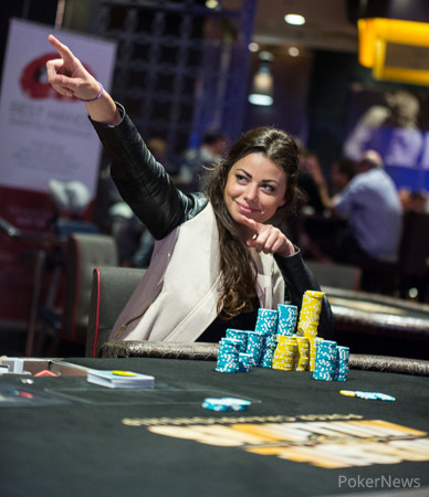Изгряваща покер звезда: Samantha Abernathy 103