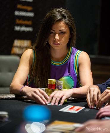 Изгряваща покер звезда: Samantha Abernathy 102