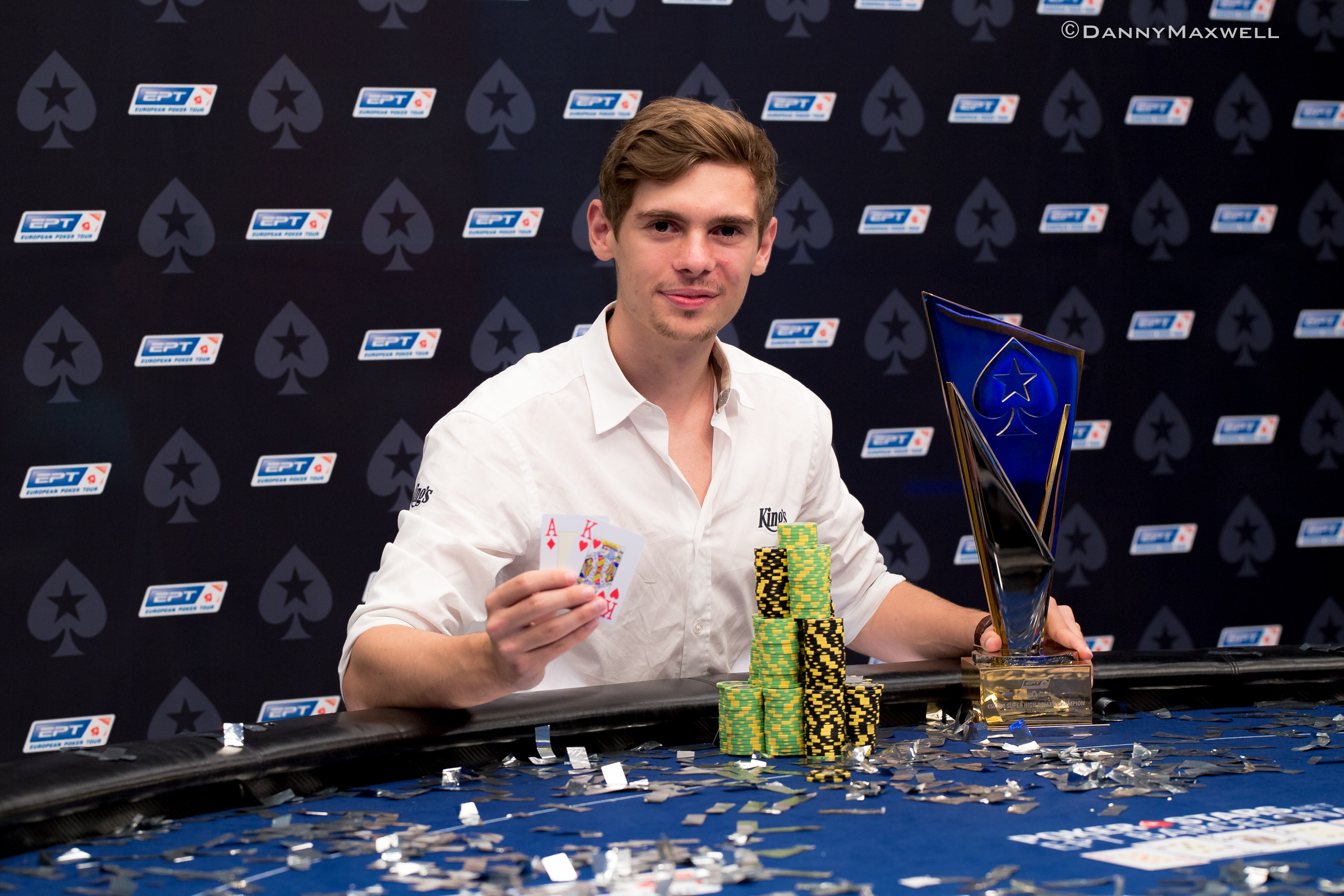 """Retired"" Fedor Holz Claims EPT Barcelona €50,000 Super High Roller Title for €1.3... 102"