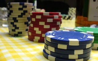 Hosting an Awesome Poker Game at Home: Poker Chips 102