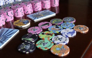 Home game poker chips casino games best odds