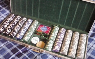 Hosting an Awesome Poker Game at Home: Poker Chips 104