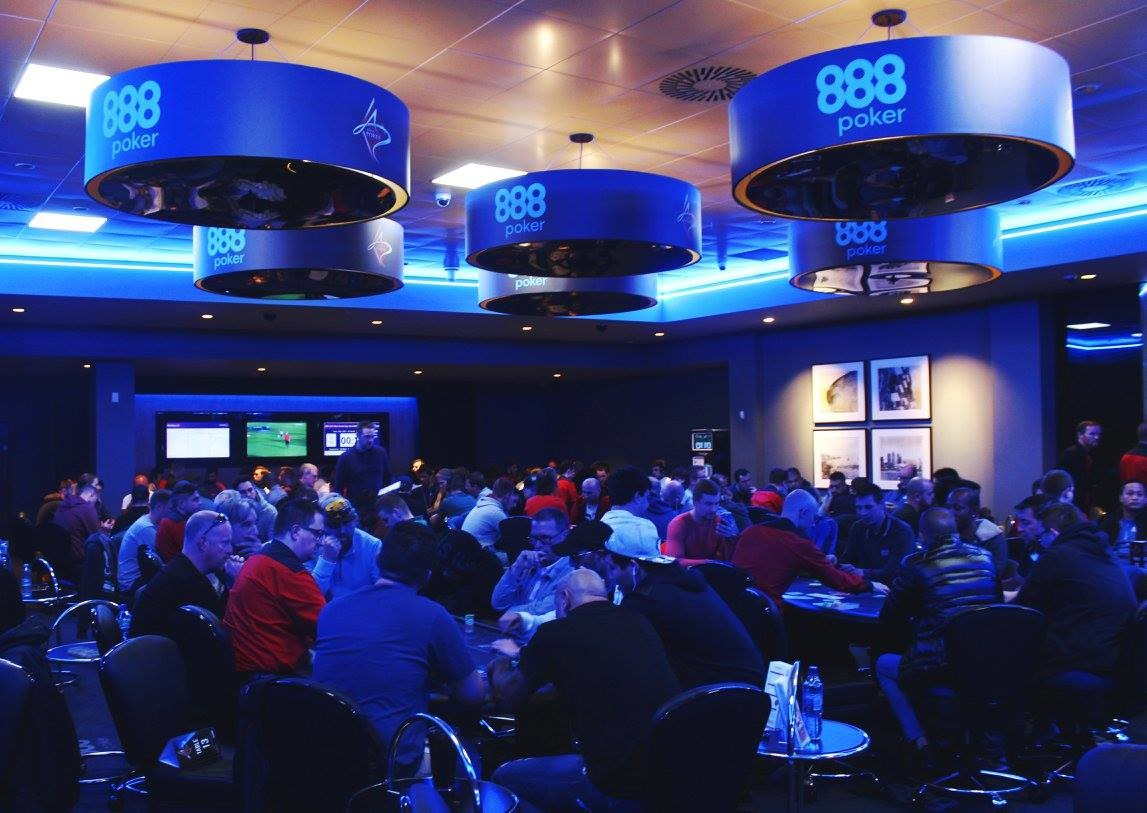 888Live London Poker Festival: Skipper Leads the Way on Day 1c 101