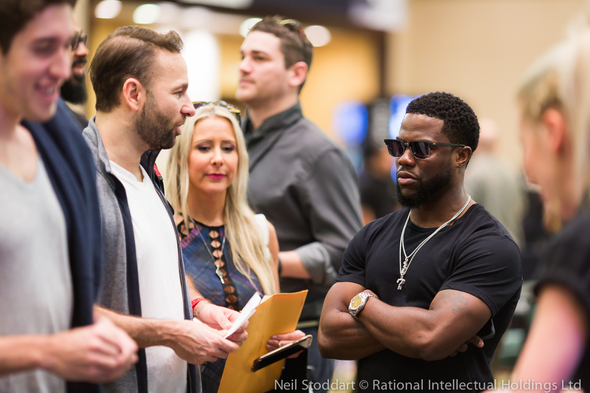 Kevin Hart Plays 0K Super High Roller at PokerStars Championship Bahamas: 'I Don't Need... 101