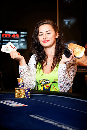 Behind the Scenes with Poker Masseuse Dana Perianu 105