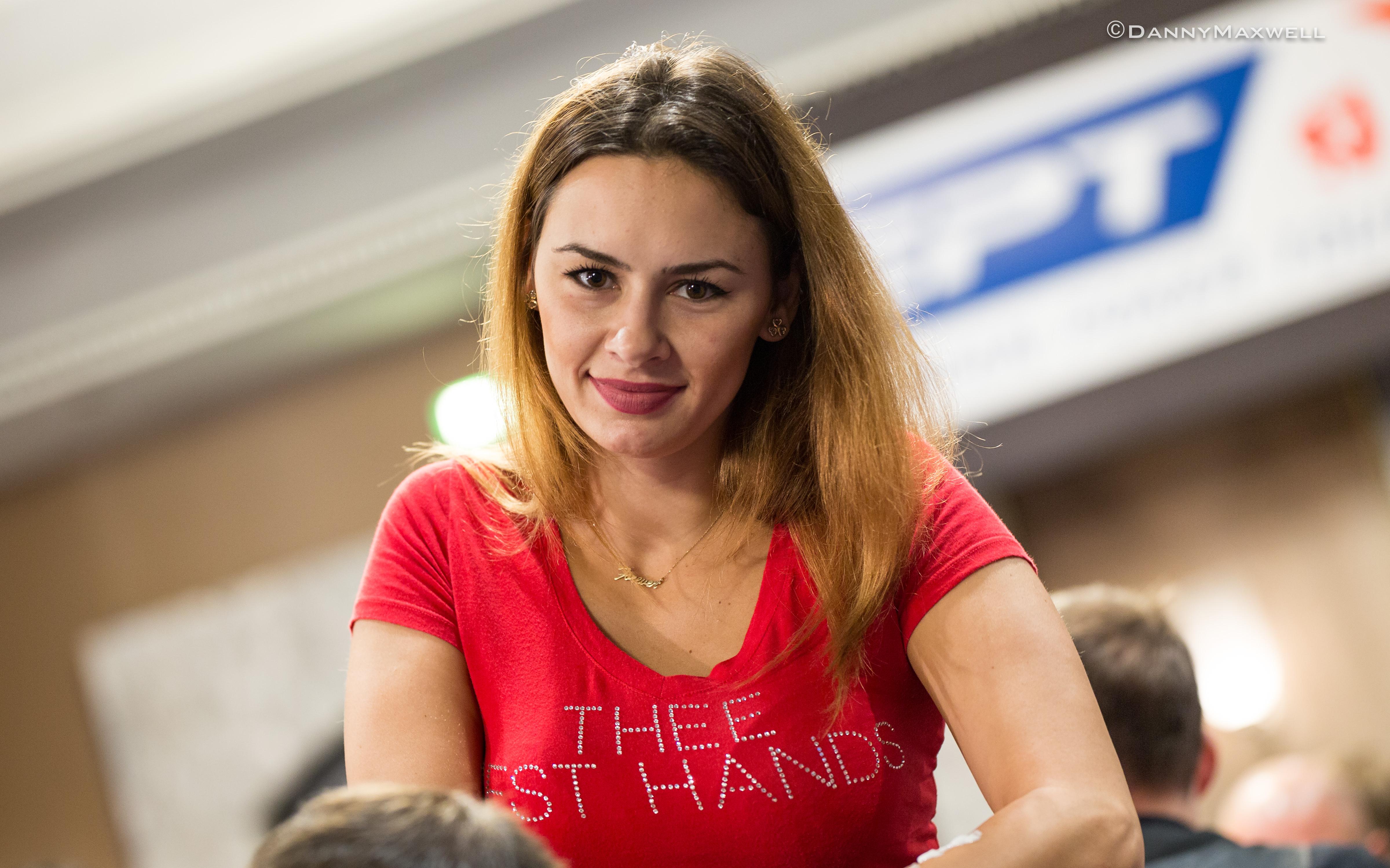 Din culisele pokerului: cea mai cautata maseuza din lume, Dana Perianu 103