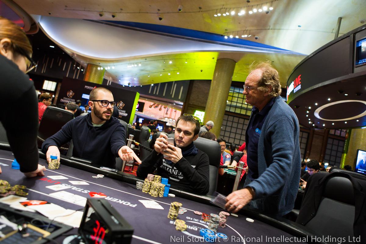 PokerStars Championship Macao: Michael Egan embolsa el liderato en el Super High Roller... 101