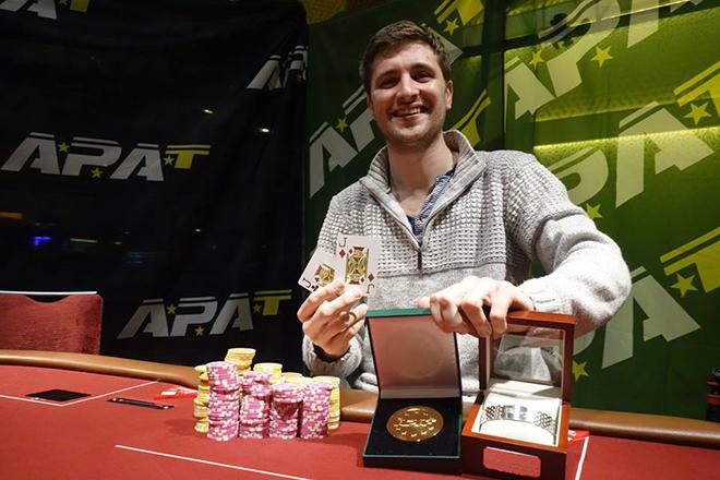 Stephen Hollinshead: 6-Max Championship winner